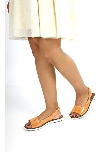GÖN Hakiki Deri Sandalet
